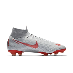 21d05c44f65d What Boots Does Cristiano Ronaldo (CR7) Wear