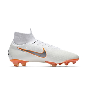 What Boots Does Cristiano Ronaldo (CR7) Wear  a14fa4bbb