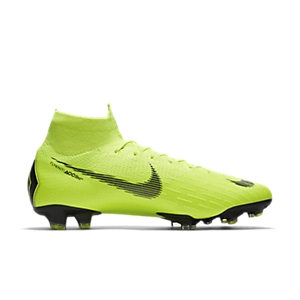2b2056430718 What Boots Does Cristiano Ronaldo (CR7) Wear?