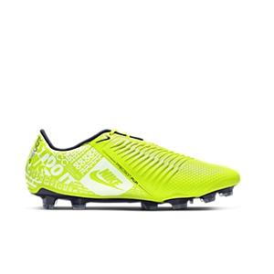 507ac6409 What Boots Does Robert Lewandowski Wear?