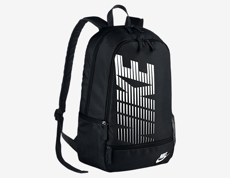 Nike Classic North