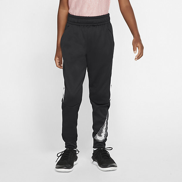 Low Resolution Nike Therma Older Kids' (Boys') Tapered Graphic Training Trousers