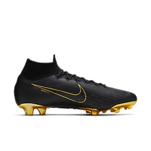 b86af8f1428d What Boots Does Cristiano Ronaldo (CR7) Wear?