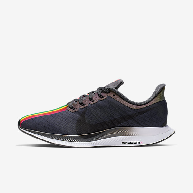 Nike Zoom Pegasus Turbo BETRUE 跑鞋