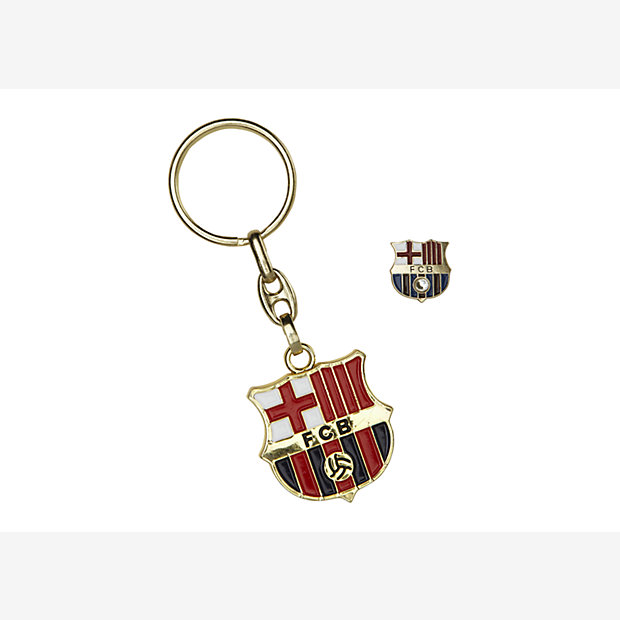 Low Resolution FC Barcelona Crest Key Chain with Pin