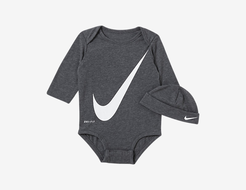 Nike Dri-FIT Two-Piece