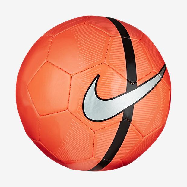 Low Resolution Nike Mercurial Fade 足球