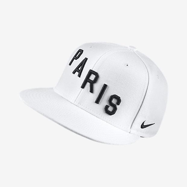 Бейсболка Paris Saint-Germain True Squad