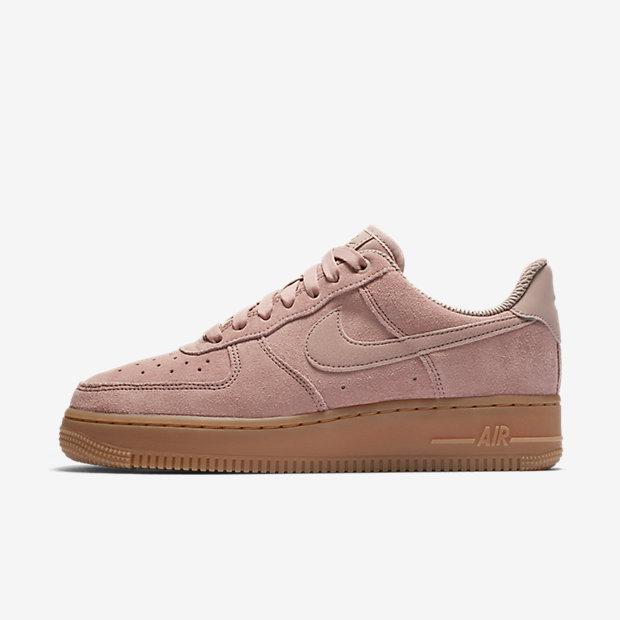 Nike Air Force 1'07 SE Women's Shoe - Pink Image
