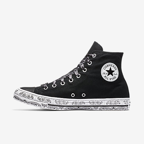 X Miley Cyrus Chuck Taylor All Star Hi Trainers In Black And White Bandana - Black Converse TPvMzZF