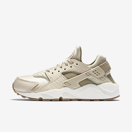 nike air huarache premium womens shoe