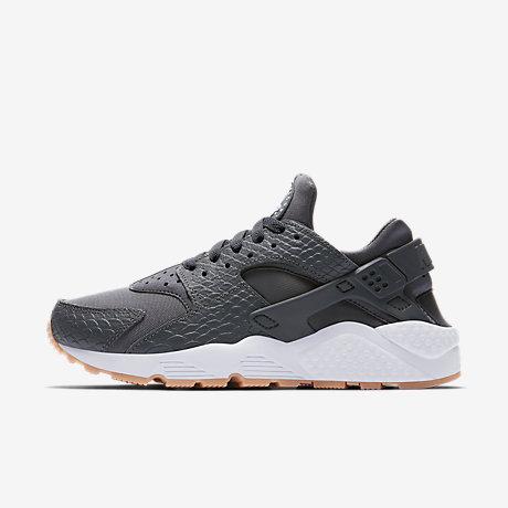 big sale e8d07 ca63f ... Nike Air Huarache SE Womens Shoe ...