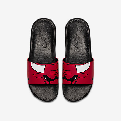 26cac151419 claquette nike rouge