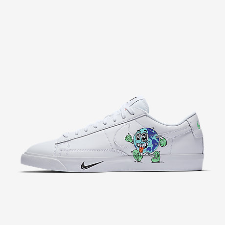 Nike Blazer Low QS Flyleather with at least 50% leather fibre