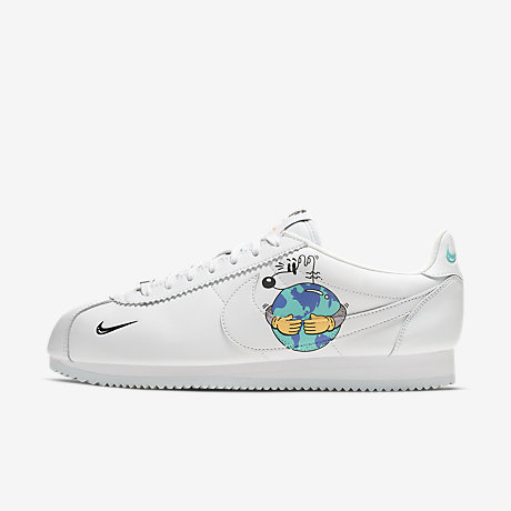 55b64e9256c3 Nike Cortez QS Flyleather with at least 50% leather fibre. Men s Shoe