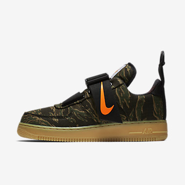Купить Мужские кроссовки Nike Air Force 1 Utility Low Premium WIP, Зеленый камуфляж/Светло-коричневая резина/Ярко-оранжевый, Артикул: AV4112-300