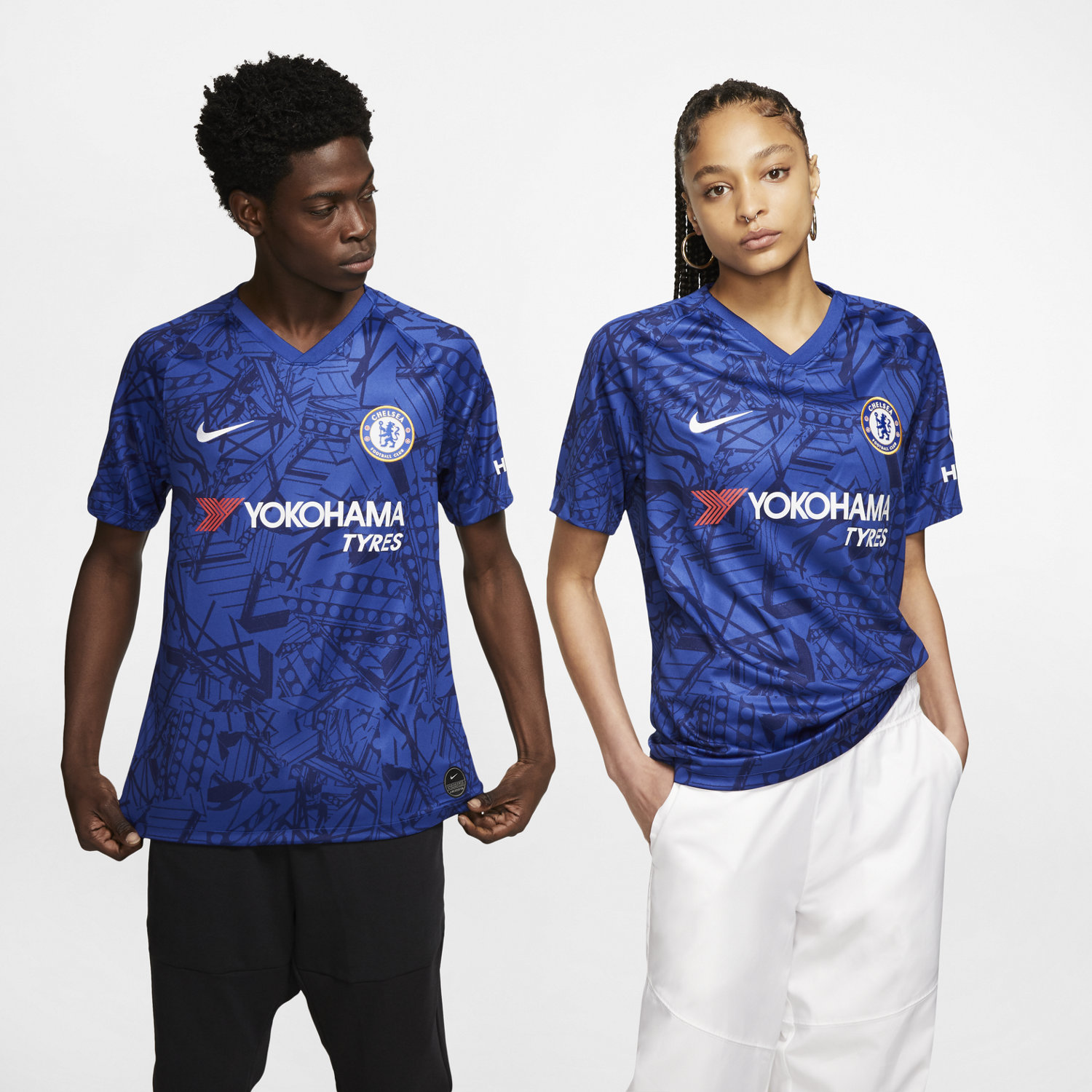 sports shoes d85c6 10a21 Chelsea FC 2019/20 Stadium Home Football Shirt