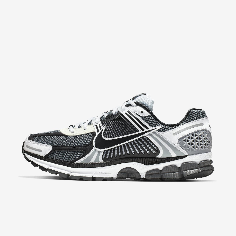 2e38e3a95db2 Nike Zoom Vomero 5 SE SP Men s Shoe. Nike.com VN