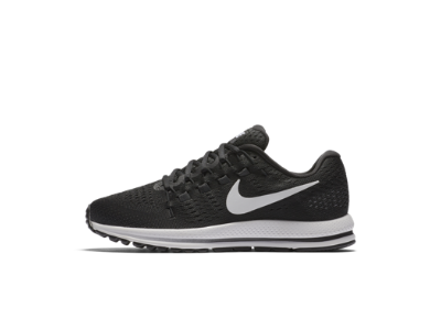 black nike shoes for women with white swoosh png transparent 838