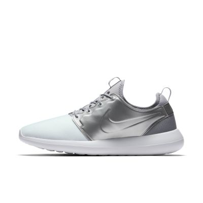 Nike Wmns Roshe Two SI (Summit White / Summit White Blue Tint