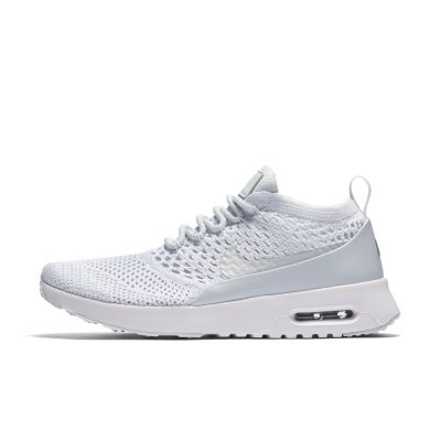 nike air max flyknit white