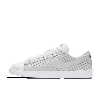 Nike Low Blazers