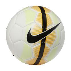 Футбольный мяч Nike Mercurial VeerФутбольный мяч Nike Mercurial Veer выполнен из прочных материалов и отлично заметен во время игры.<br>