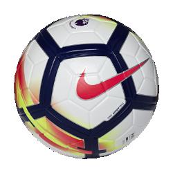 Футбольный мяч Nike Ordem V Premier LeagueФутбольный мяч Nike Ordem V Premier League имеет микротекстурное покрытие с желобками Nike Aerowtrac для контроля траектории полета.<br>