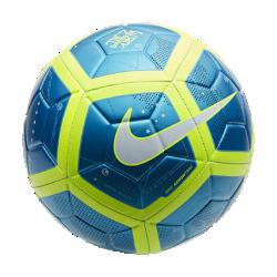 Футбольный мяч Neymar StrikeФутбольный мяч Neymar Strike с усиленной резиновой камерой и яркой контрастной графикой обеспечивает улучшенный контроль и хорошо заметен на поле.<br>