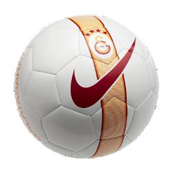 Футбольный мяч Galatasaray S.K. SupportersФутбольный мяч Galatasaray S.K. Supporters из прочных материалов отлично заметен на поле.<br>