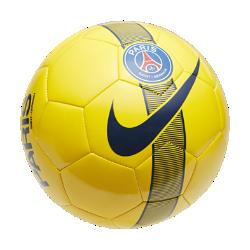 Футбольный мяч Paris Saint-Germain SupportersФутбольный мяч Paris Saint-Germain Supporters из прочных материалов отлично заметен на поле.<br>