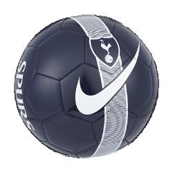 Футбольный мяч Tottenham Hotspur FC SupportersФутбольный мяч Tottenham Hotspur FC Supporters из прочных материалов хорошо заметен на поле, позволяя продолжать игру до самого вечера.<br>