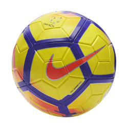 Футбольный мяч Nike Strike Liga NOSФутбольный мяч Nike Strike Liga NOS с усиленной резиновой камерой и яркой контрастной графикой обеспечивает улучшенный контроль и хорошо заметен на поле.<br>
