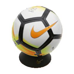 Футбольный мяч Nike Liga NOS SkillsФутбольный мяч Nike Liga NOS Skills с прочным пластиковым покрытием и машинной строчкой надолго обеспечивает превосходное касание.<br>