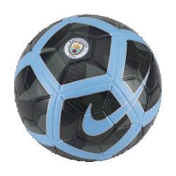Футбольный мяч Manchester City FC StrikeФутбольный мяч Manchester City FC Strike с усиленной резиновой камерой и яркой контрастной графикой обеспечивает улучшенный контроль и хорошо заметен на поле.<br>