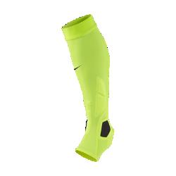 Суппорт на ногу Nike HyperStrong Match Full PaddedСуппорт на ногу Nike HyperStrong Match Full Padded из легкого плотно облегающего материала с продуманным расположением мягких вставок обеспечивает фиксацию и поглощение ударныхнагрузок во время тренинга и игры.<br>