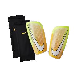 Щитки Nike Mercurial FlyliteЩитки Nike Mercurial Flylite с гибким каркасом обеспечивают надежную защиту от ударных нагрузок.<br>