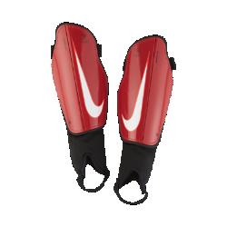 Футбольные щитки Nike Charge 2.0Футбольные щитки Nike Charge 2.0 защищают голень от ударных нагрузок во время игры, обеспечивая абсолютный комфорт благодаря анатомической посадке.<br>