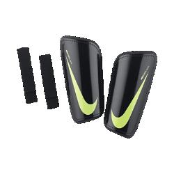 Футбольные щитки Nike Hard Shell Slip-InЛегкие футбольные щитки Nike Hard Shell Slip-In повторяют контуры тела, обеспечивая комфорт и защиту на поле.<br>