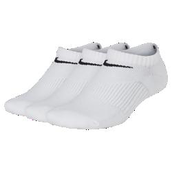 Носки для школьников Nike Performance Cushion No-Show (3 пары)Носки для школьников Nike Performance Cushion No-Show (3 пары) из влагоотводящего смесового хлопка с компрессионной поддержкой свода стопы обеспечивают надежную посадку.<br>
