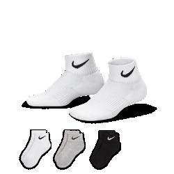 Носки для школьников Nike Performance Cushion Quarter (3 пары)Носки для школьников Nike Performance Cushion Quarter (3 пары) из влагоотводящего смесового хлопка с компрессионной поддержкой свода стопы обеспечивают надежную посадку.<br>