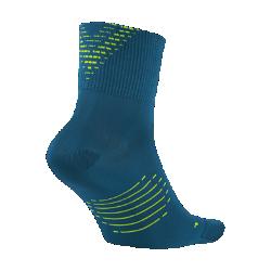 Носки для бега Nike Elite Lightweight 2.0 QuarterНоски для бега Nike Elite Lightweight 2.0 Quarter обеспечивают непревзойденный комфорт благодаря влагоотводящей ультралегкой ткани и плоским швам в области носка.<br>