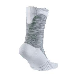 Баскетбольные носки Nike Elite Versatility CrewБаскетбольные носки Nike Elite Versatility Crew с инновационной системой поддержки свода стопы и усиленной амортизацией обеспечивают защиту от ударных нагрузок при приземлении.<br>