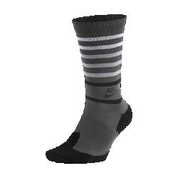 Носки до середины голени Nike Sportswear RetroНоски до середины голени Nike Sportswear Retro из мягкой смесовой ткани на основе хлопка с зональной амортизацией обеспечивают комфорт на весь день.<br>