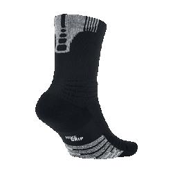 Баскетбольные носки NikeGrip Elite Versatility CrewБлагодаря системе поддержки щиколотки 360°, максимальной амортизации и надежному сцеплению баскетбольные носки NikeGrip Elite Versatility Crew являются самыми удобными и функциональными носками от Nike.  Невероятный комфорт  Мягкая амортизация в передней части стопы и области пятки равномерно распределяет давление для невероятного комфорта во время игры.  Надежная посадка  Система поддержки голеностопа, динамический ремешок в области свода стопы и Y-образная строчка в области пятки создают плотную и надежную посадку.  Великолепное сцепление  Технология NikeGrip использует усовершенствованное волокно, которое предотвращает скольжение стопы в обуви.<br>