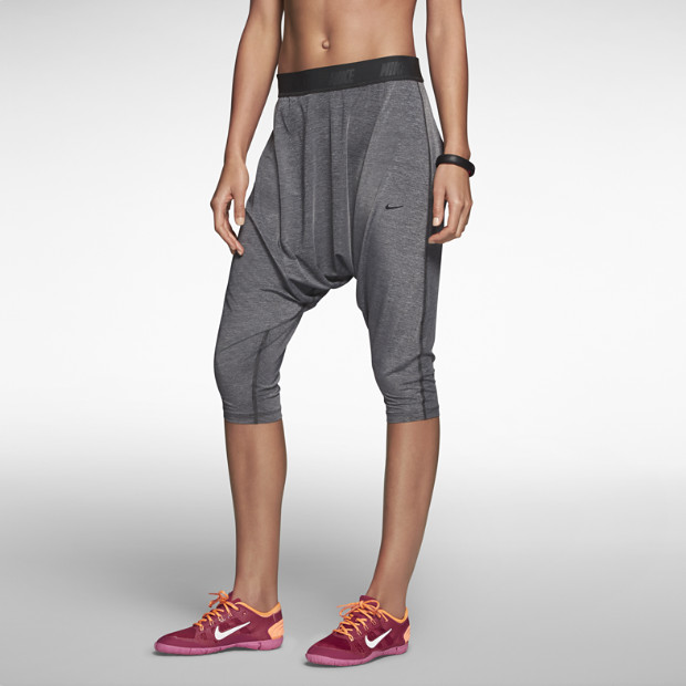 Nike Tadasana Women's Training Capris