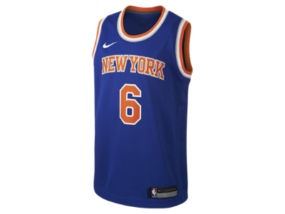 Kristaps Porziņģis New York Knicks Nike Icon Edition Swingman Older Kids  NBA  Jersey. Nike.com UK 88c130110
