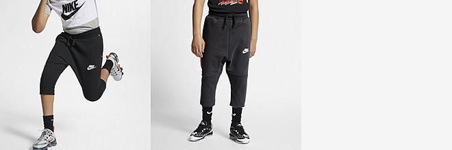 3a0fceeb Boys' Products. Nike.com