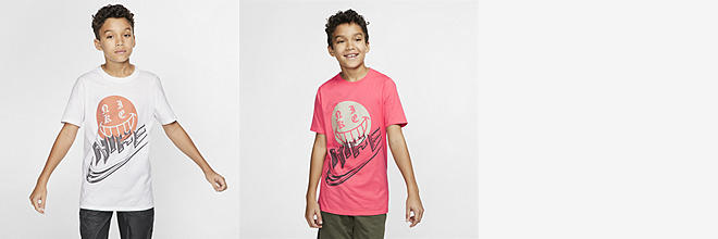 044dc5c9 Prev. Next. 2 Colors. Nike Sportswear. Big Kids' (Boys') Color-Reveal T- Shirt